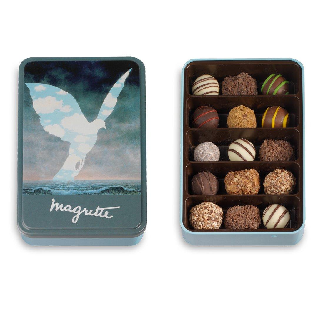 Metalen Doos met Chocolade Truffels, Collectie Magritte